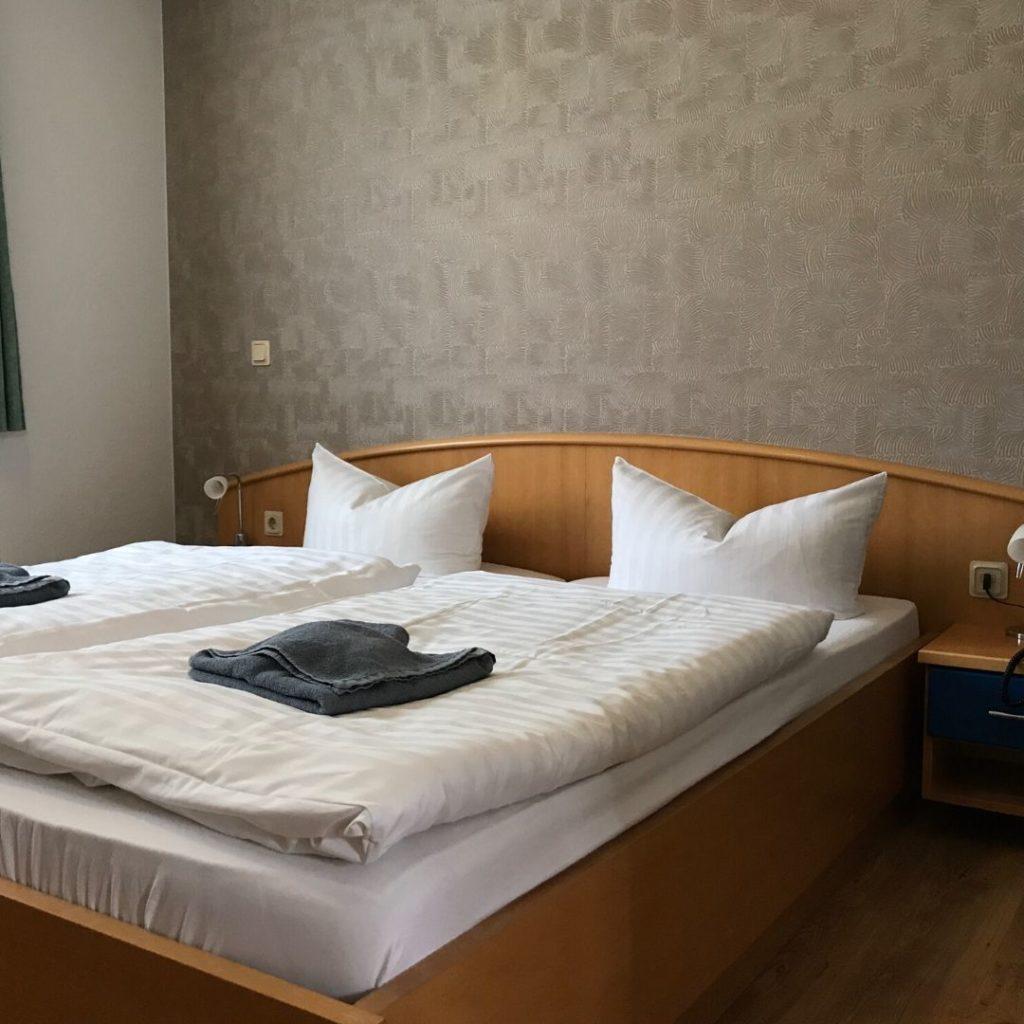 hotel-rhoenpaulus-zimmer-modern